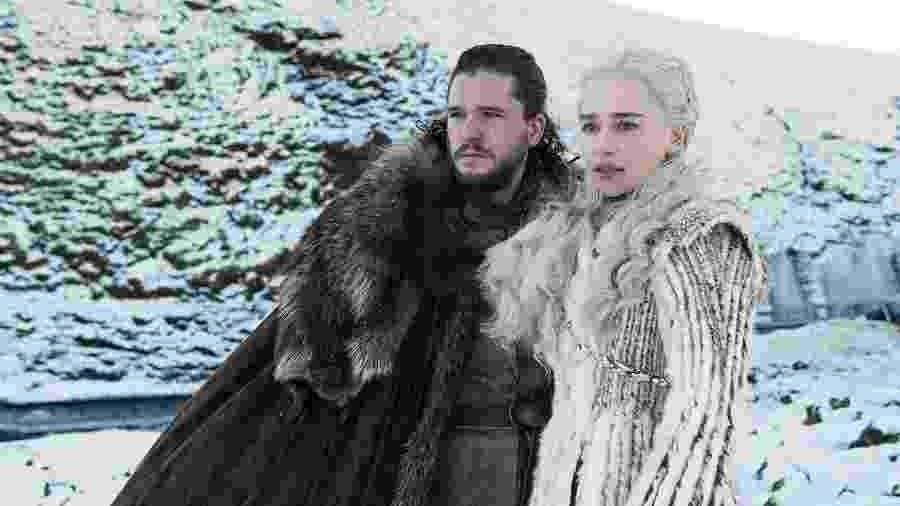 "Jon Snow (Kit Harington) e Daenery Targaryen (Emilia Clarke) na última temporada de ""Game of Thrones"" - Divulgação"