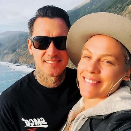 A cantora Pink com o marido, Carey Hart - Reprodução/Instagram