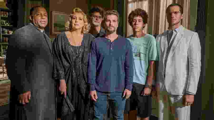 Alguns dos guardiões e vítimas da trama: nem serial killer atraiu público na reta final - Globo/Victor Pollak