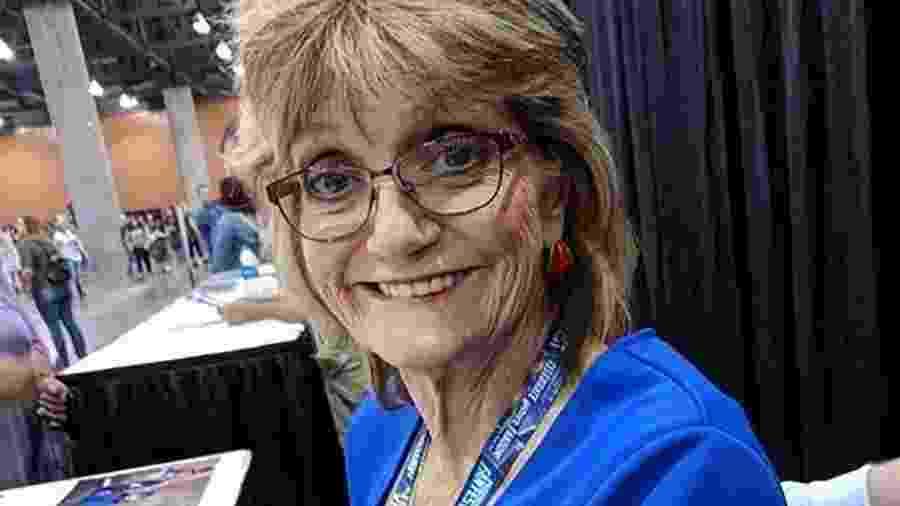 Denise Nickerson, 62, interpretou Violet em A Fantástica Fábrica de Chocolate, de 1971 - Divulgação