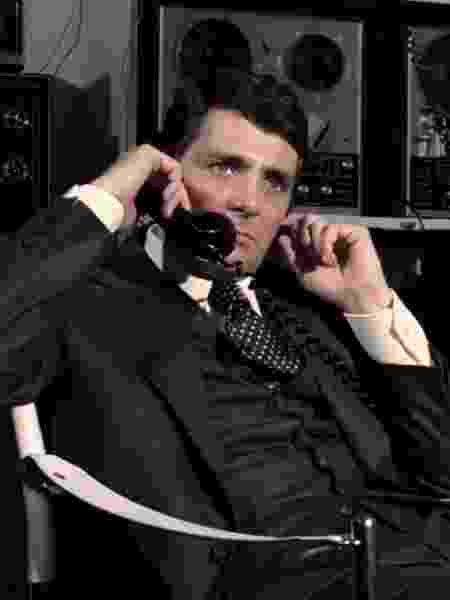 O ator David Hedison em Com 007 Viva e Deixe Morrer (1975) - Divulgação/IMDb