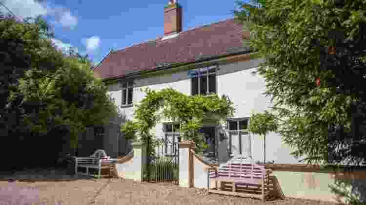 Vista da fachada da propriedade em Suffolk, na Inglaterra - Divgulgação