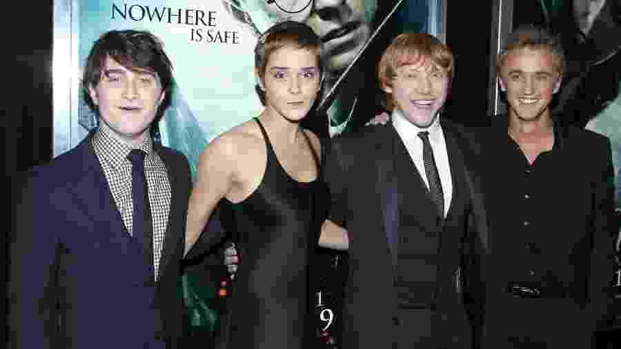 Daniel Radcliffe, Emma Watson, Rupert Grint e Tom Felton na première de Harry Potter e as Relíquias da Morte - Parte 1 em Nova York (EUA) - Patrick McMullan via Getty Images