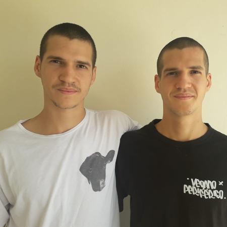 Os gêmeos Eduardo e Leonardo, do perfil Vegano Periférico no Instagram - Arquivo pessoal