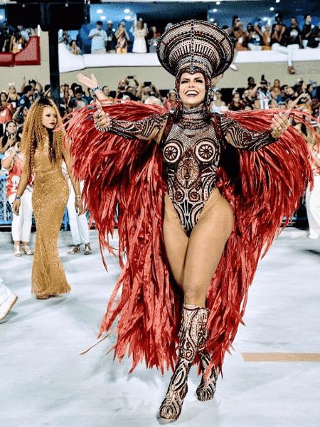 Raissa Machado desfila pela Viradouro - Reprodução/Instagram