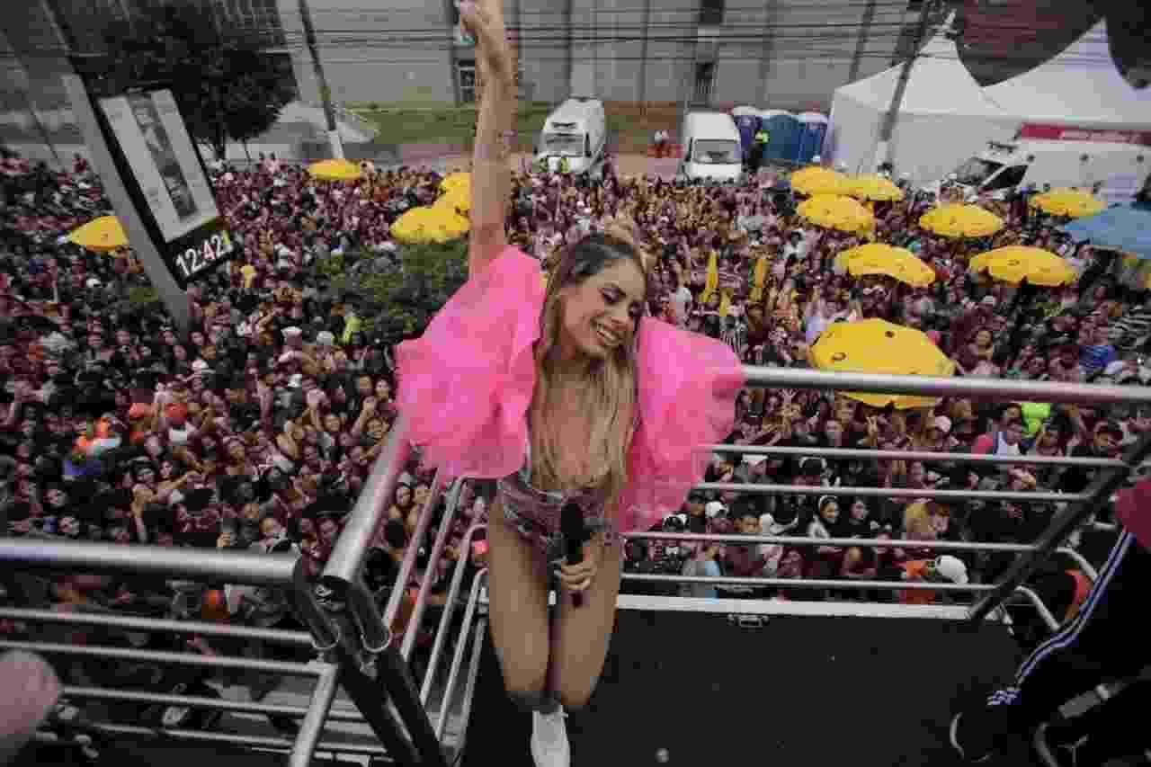 Cantora Lexa se apresenta no Bloco KondZilla, em São Paulo - André Lucas/UOL