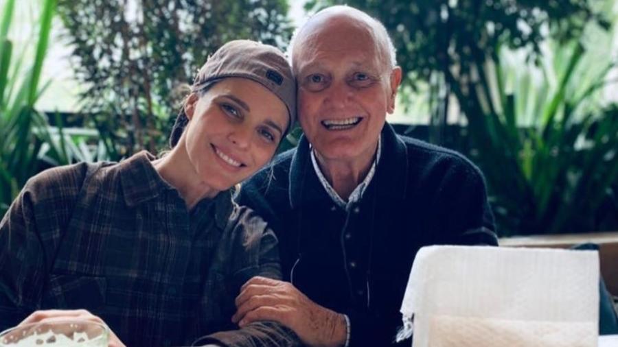 Fernanda Lima, com o pai, Cleomar - Reprodução/Instagram