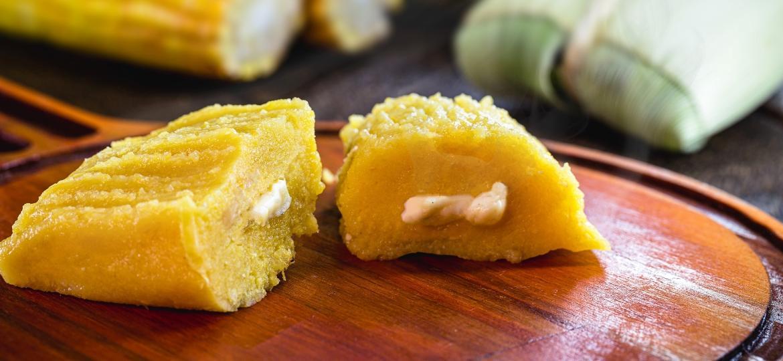 Pamonha com queijo é um prato tradicional da região Centro Oeste que conquistou o Brasil todo - Getty Images