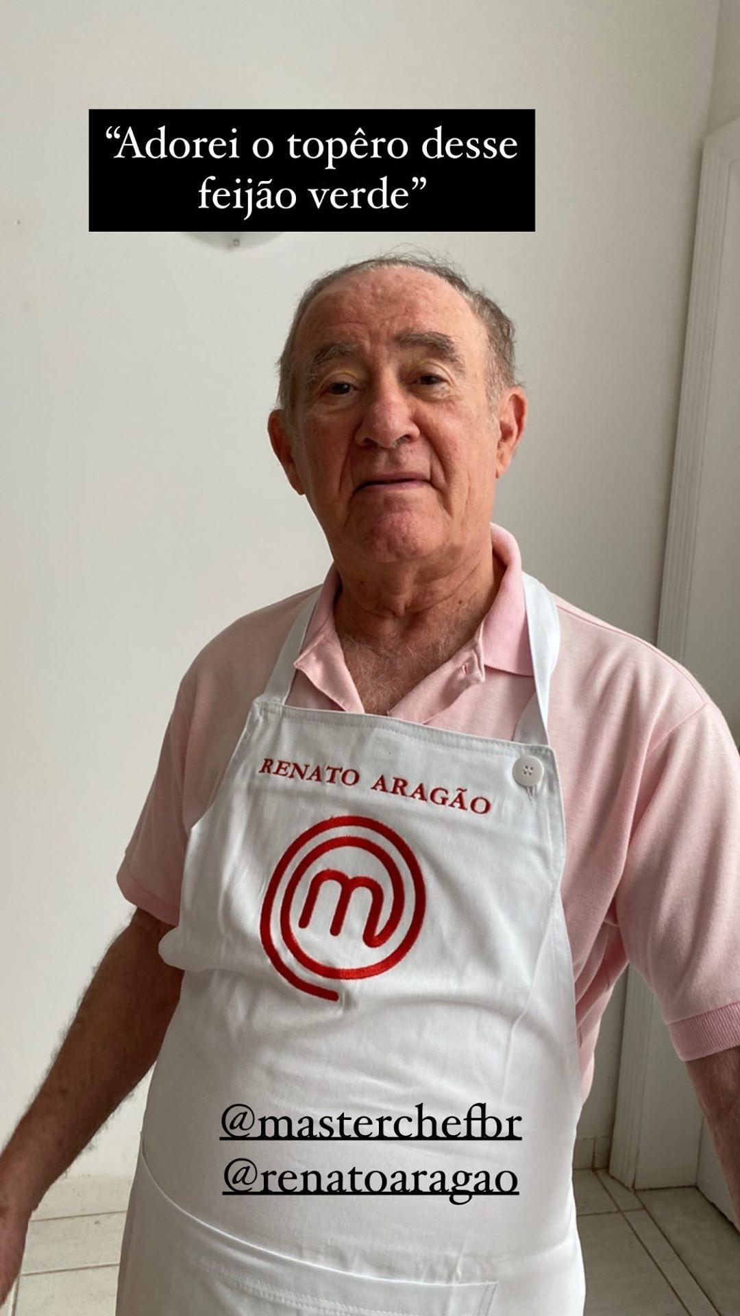 Fora da Globo, Renato Aragão posa com avental do MasterChef para cozinhar -  01/10/2020 - UOL TV e Famosos