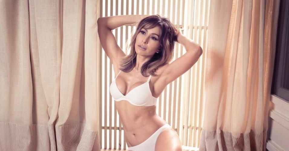 Depois de alguns dias de folga nos Estados Unidos, Sabrina já voltou a trabalhar em campanhas publicitárias e acabou sendo escolhida como estrela de uma nova campanha de uma marca de lingeries
