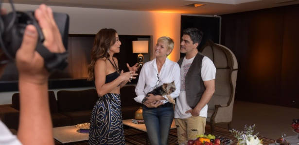 """Xuxa e Junno são entrevistados por Sabrina Sato no """"Programa da Sabrina"""" - Blad Meneghel/Divulgação/Record"""