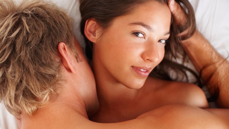 Evite seguir sempre o mesmo roteiro para não esfriar o sexo - iStock