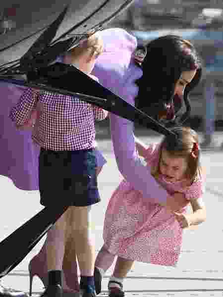 Princesa Charlotte faz birra e Kate Middleton precisa acudir - AFP - AFP