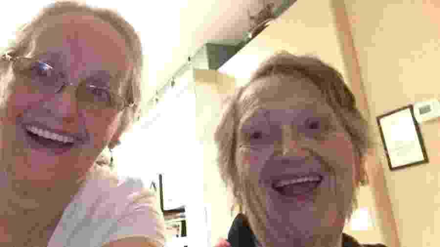 Connie Moultroup e a mãe biológica, Genevieve Purinton - Reprodução/Facebook
