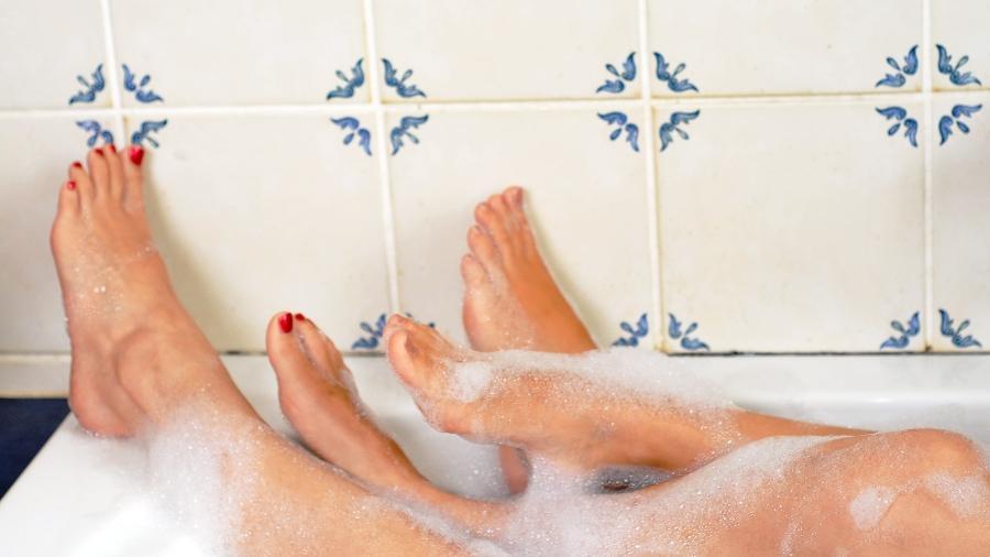 Ricos em terminações nervosas, os pés são bem sensíveis aos estímulos e podem apimentar as preliminares - iStock