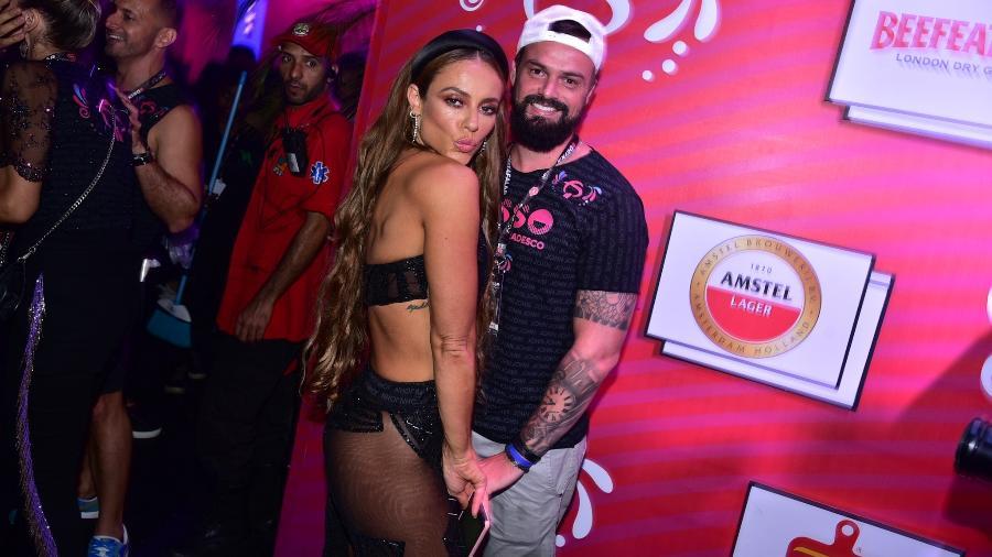 Paolla Oliveira com o namorado Douglas Maluf em camarote na Sapucaí - Sa Barretto/AgNews
