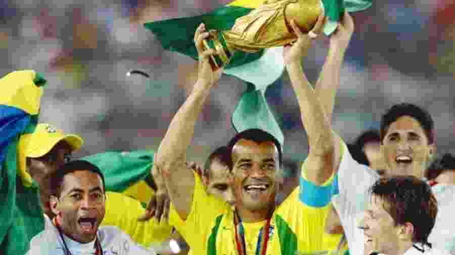 Brasil pentacampeão em 2002 - Reprodução