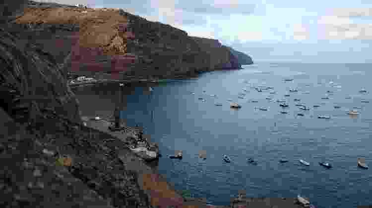 Vista do porto de Jamestown, na ilha de Santa Helena - Getty Images - Getty Images