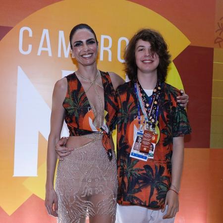 Luciana Gimenez e o filho, Lucas - Divulgação/CamaroteN1