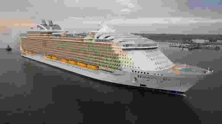 O Harmony poderia transportar a população de uma pequena cidade brasileira - Divulgação/Royal Caribbean