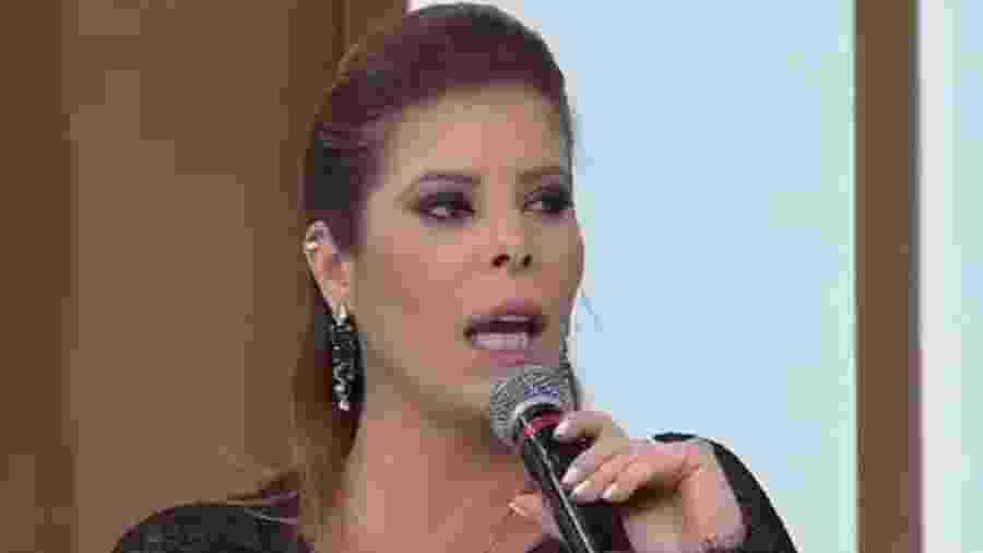 """Flávia do Valle foi entrevistada por Luciana Gimenez no """"Superpop"""" - reprodução/RedeTV!"""