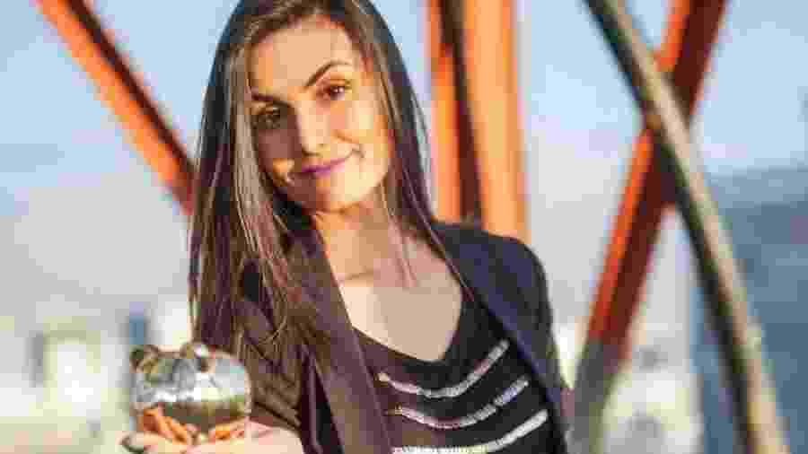 """Nathalia Arcuri juntou o primeiro milhão aos 32 anos; a jornalista é o nome por trás do blog e canal """"Me Poupe"""" - Divulgação"""