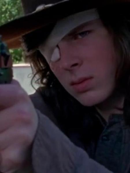 """Chandler Riggs interpreta Carl Grimes em """"Walking Dead"""" - Reprodução"""