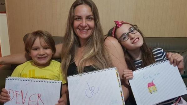 d6751bbb1 Quando é bom ou ruim ajudar os filhos com a lição de casa  - 12 05 ...