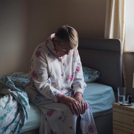 Novo estudo sugere que pressão arterial noturno teria impacto no risco de desenvolver demência em homens mais velhos - GETTY IMAGES