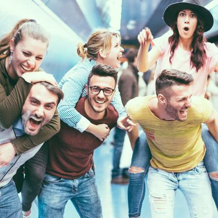 Ciência já tentou mensurar quantos amigos uma pessoa consegue ter - iStock