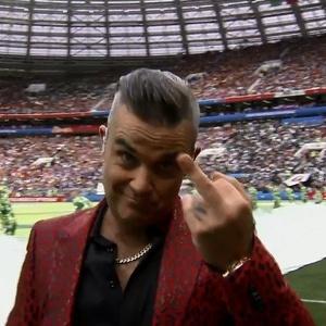 Robbie Williams fez gesto obsceno para câmera em cerimônia