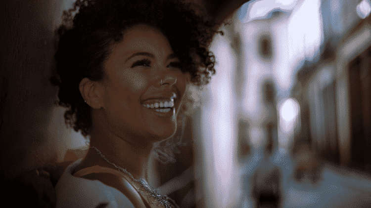 """A cantora Doralyce, compositora de """"Miss Beleza Universal"""" - Humberto Giancristofaro/Divulgação"""