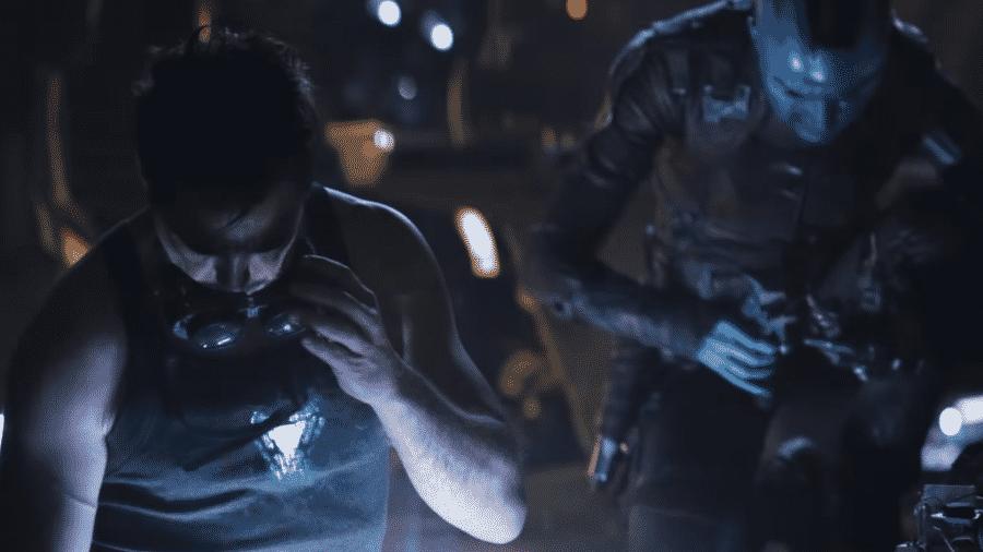 """Tony Stark e Nebula em cena de """"Vingadores: Ultimato"""" - Reprodução"""