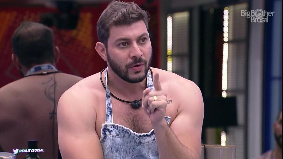 BBB21: Caio gera debate e ameaça ir embora da casa - Reprodução / Globoplay