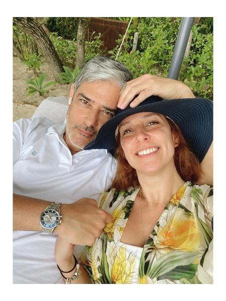 BBB 21: Natasha Dantas posa ao lado do marido, o jornalista William Bonner - Reprodução/Instagram