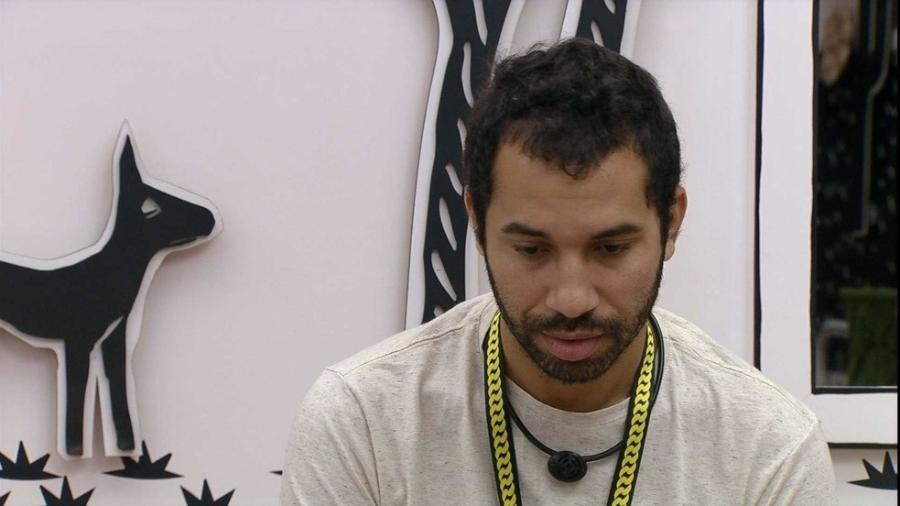 BBB 21: Gilberto lamenta reação de Arthur - Reprodução/Globoplay