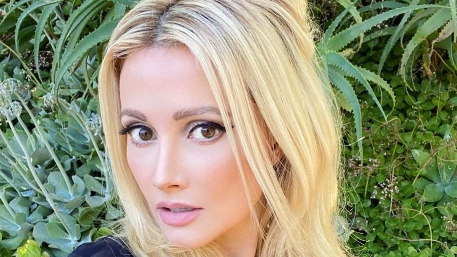 Holly Madison, modelo e ex-coelhinha da Playboy, conta que sofreu com dismorfia corporal no passado - Reprodução/Instagram