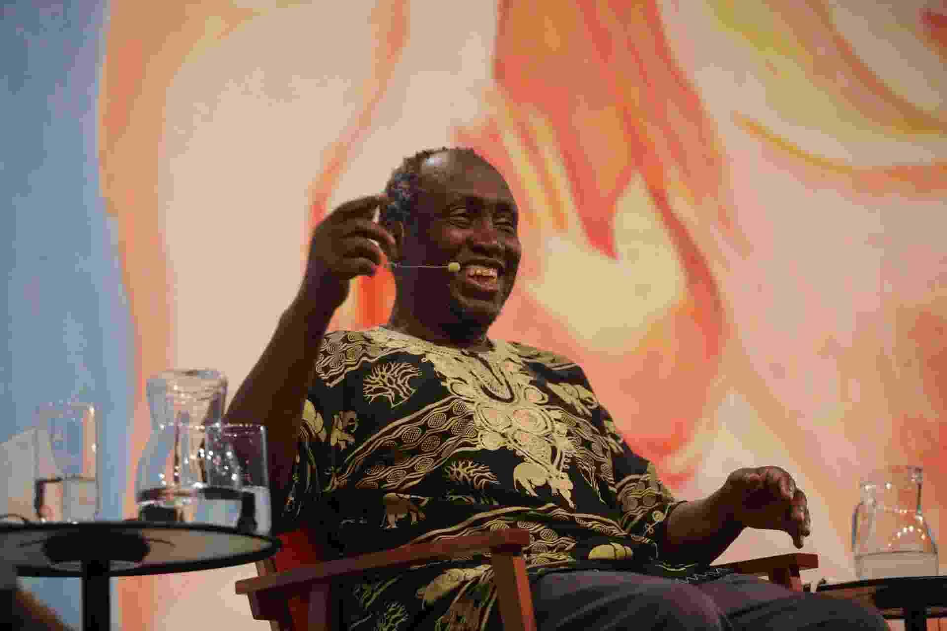 3.jul.2015 - Ngugi wa Thiong'o, escritor queniano e autor de obras em língua gikuyu, durante a Festa Literária Internacional de Paraty, FLIP 2015, na cidade de Paraty (RJ) - Luciana Serra/Futura Press/Folhapress