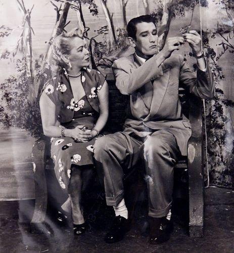 """Jane Batista e Paulo Goulart na novela """"Helena"""", de 1952"""