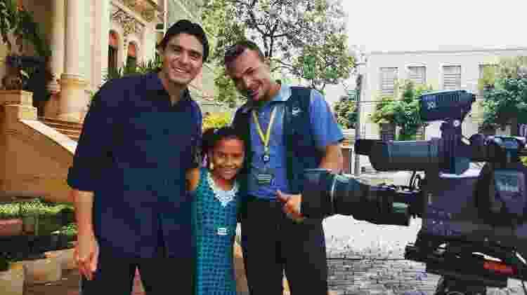 O cinegrafista Josimar Lourenço de Sousa com a filha e o repórter Dirceu Martins durante trabalho pela EPTV - Reprodução/Instagram - Reprodução/Instagram