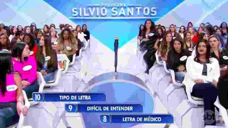 Mulher leva forte tombo no ?Programa Silvio Santos? - Reprodução/SBT