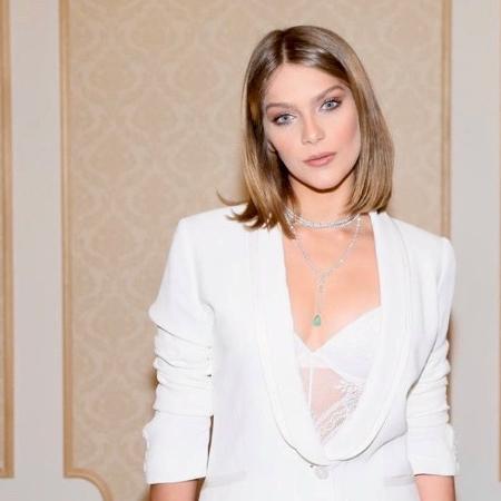 1d1ca5a61 Isabella Santoni revela sua lingerie sexy e admite