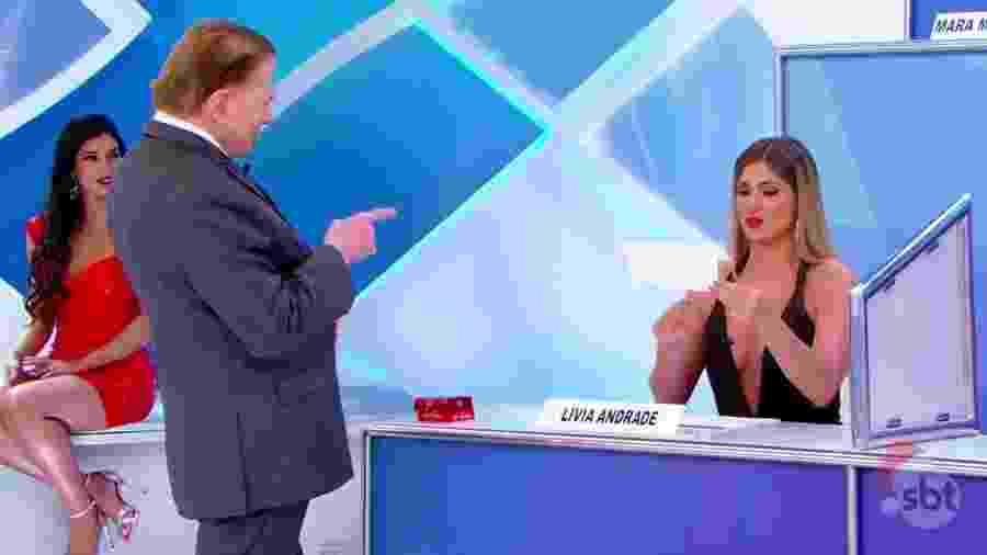 Silvio Santos e Lívia Andrade - Reprodução/SBT