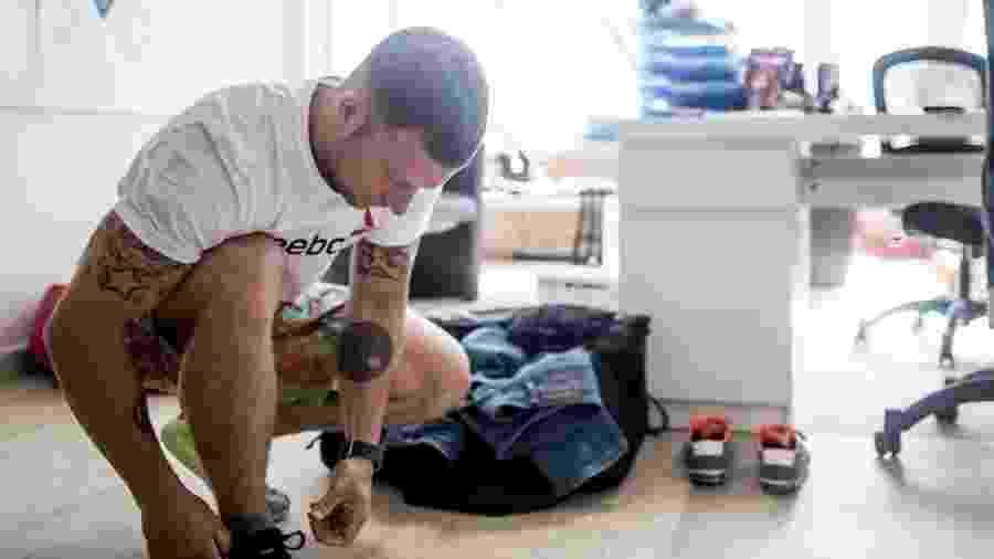 Praticar exercícios durante o expediente oferece benefícios para a saúde física e mental - Getty Imagens