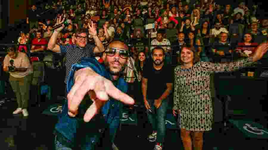 Marlon Wayans surpreende fãs brasileiros em sessão de cinema - Alexandre Schneider/Netflix