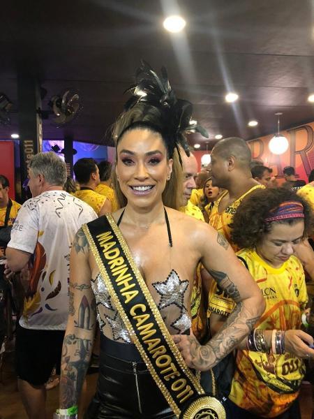 Dani Bolina é madrinha do camarote 011 no Carnaval de São Paulo - Fefito/UOL