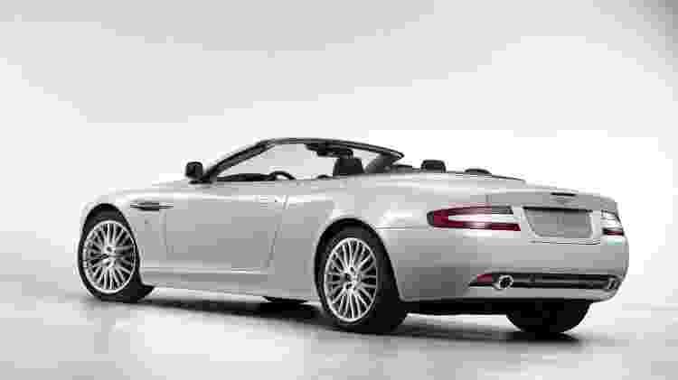 Aston Martin DB9 Volante - Divulgação - Divulgação