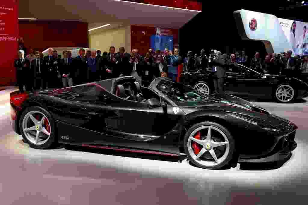 Ferrari La Ferrari Aperta - Benoit Tessier/Reuters
