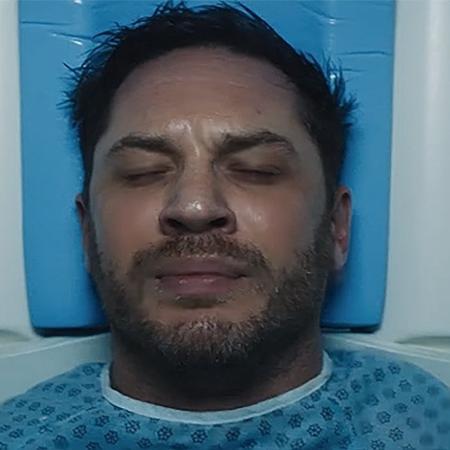"""Tom Hardy em cena de """"Venom"""" - Reprodução"""