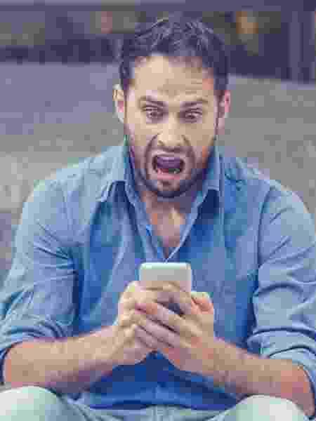 Desespero no celular/ Susto no telefone - iStock - iStock